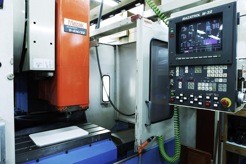 立型マシニングセンタ_ヤマザキマザックV414